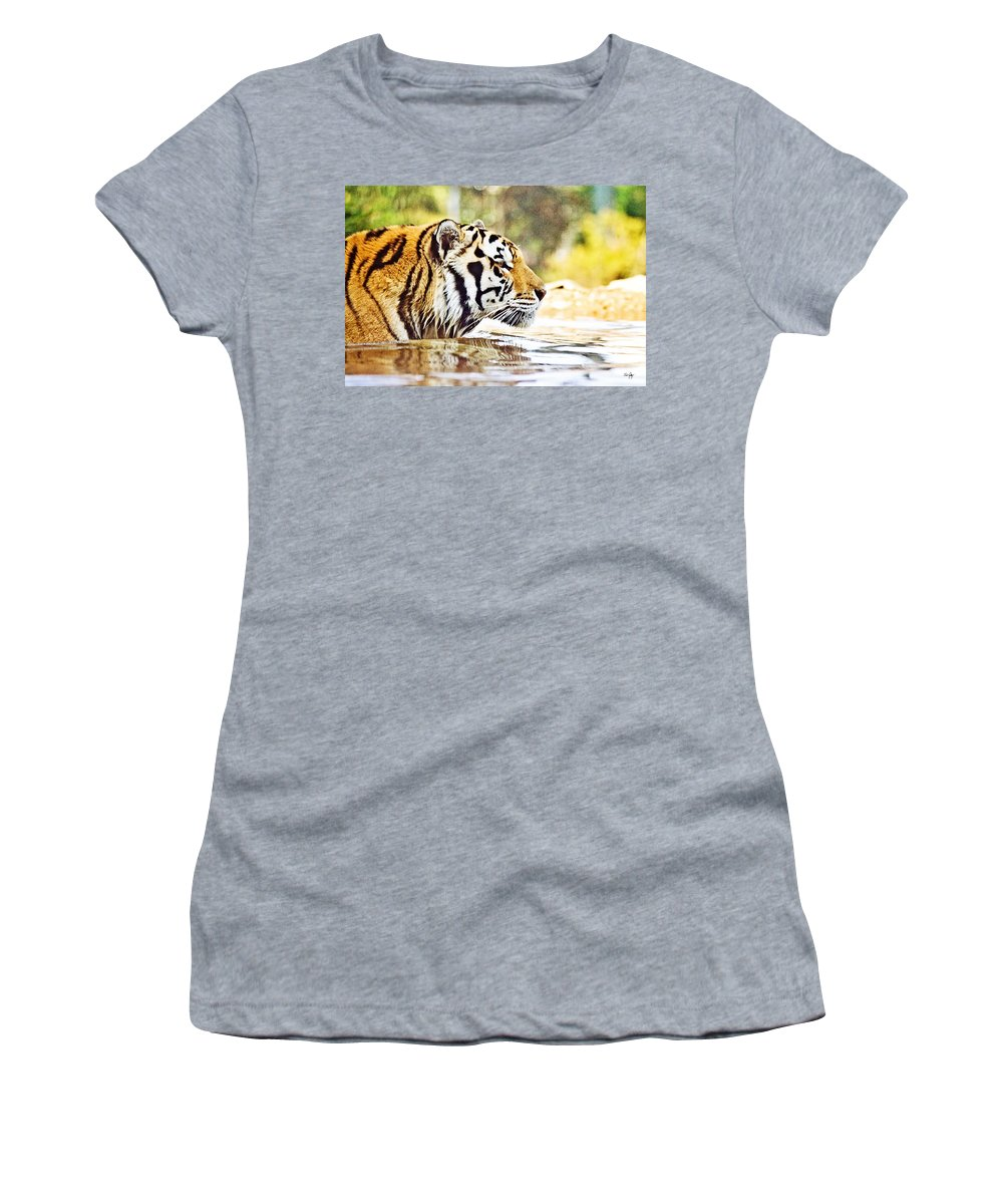 Mike Women's T-Shirt featuring the photograph You're Mine by Scott Pellegrin