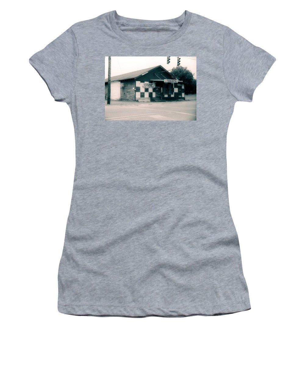 Louisiana Women's T-Shirt (Athletic Fit) featuring the photograph Honeybuns Fun House 2 by Doug Duffey
