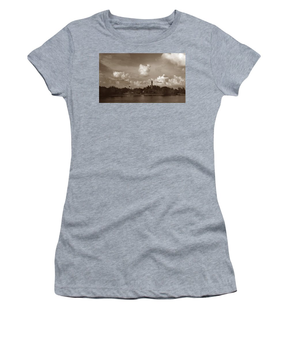 Fla Women's T-Shirt (Athletic Fit) featuring the photograph Jupiter Inlet by Skip Willits