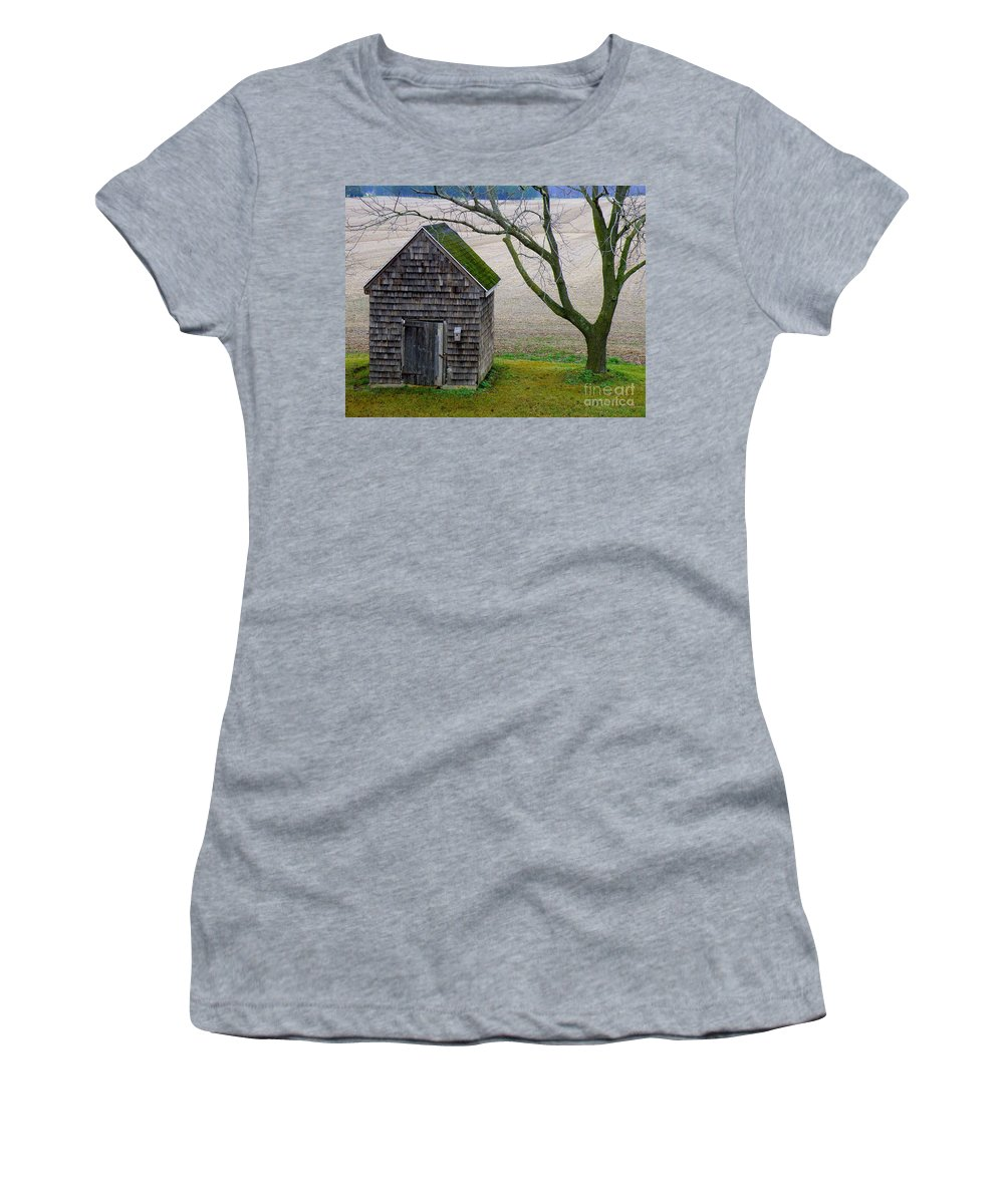 Farm Women's T-Shirt featuring the photograph Smoke House by Lainie Wrightson