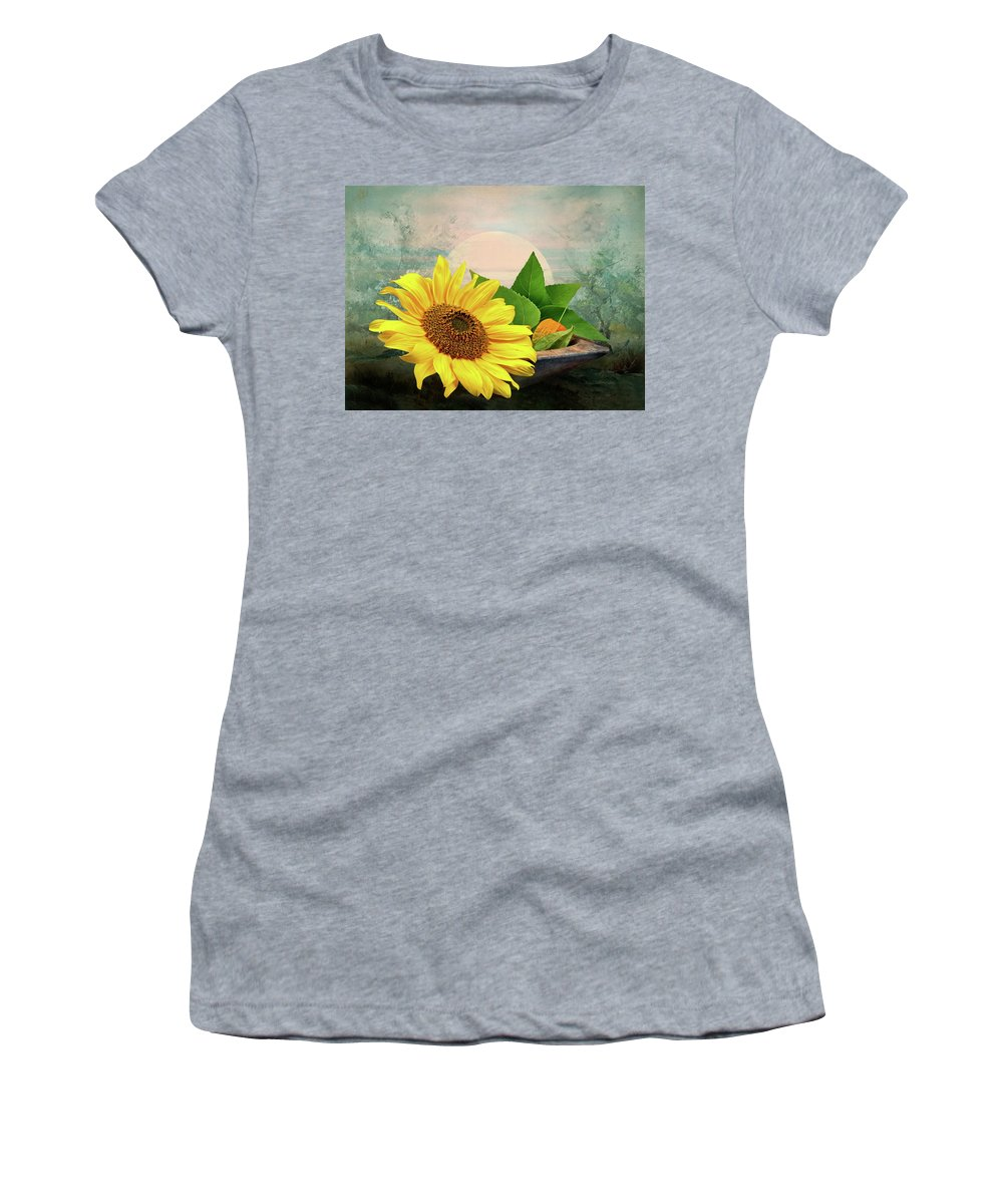Warm Women's T-Shirt (Athletic Fit) featuring the photograph Warm Light by Manfred Lutzius