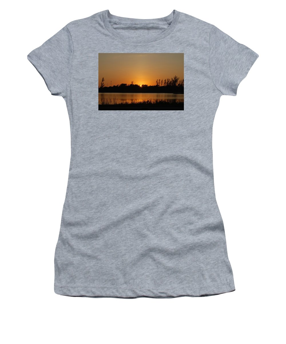 Nature Women's T-Shirt featuring the photograph Sunset On The Edge by Rob Hans