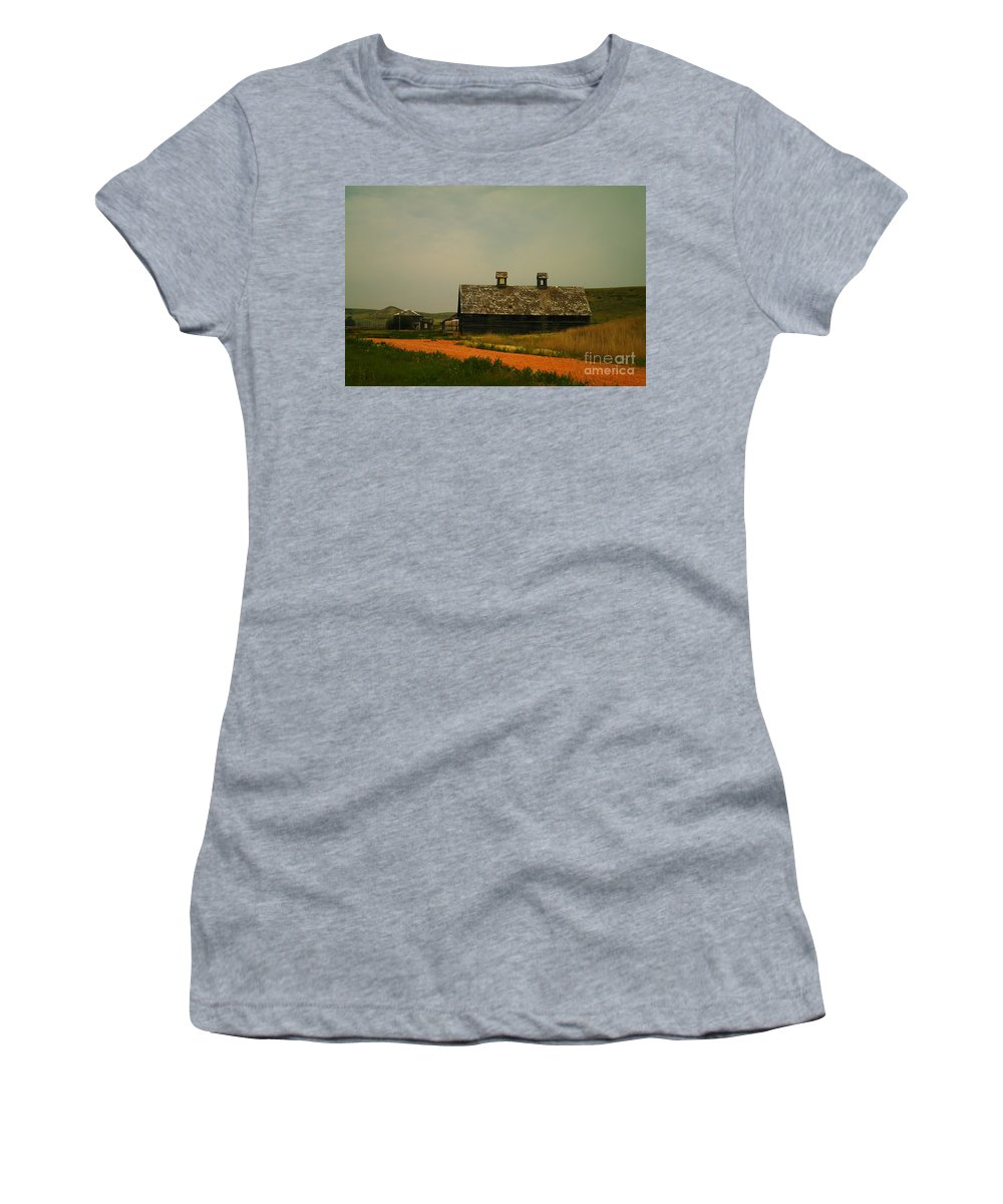 Montana Women's T-Shirt (Athletic Fit) featuring the photograph An Old Montana Barn by Jeff Swan
