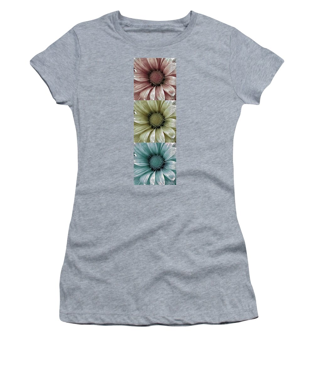 Flower Women's T-Shirt featuring the photograph Coming Up Daisies 2 by Angelina Vick
