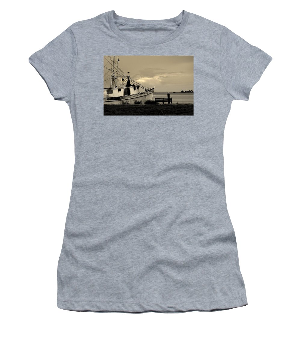 Harbor Women's T-Shirt (Athletic Fit) featuring the photograph Evening In The Harbor by Susanne Van Hulst