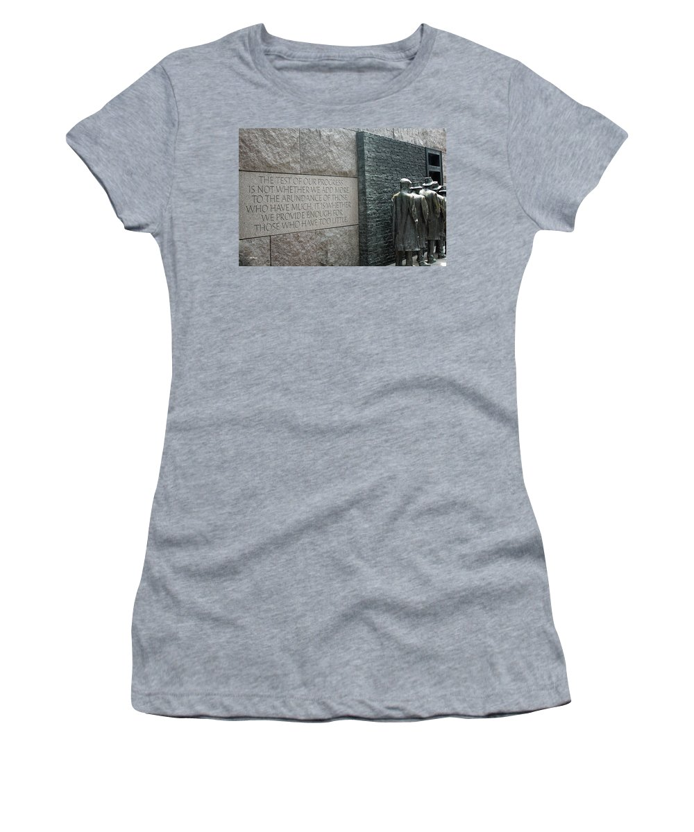 Maryland Women's T-Shirt featuring the photograph Fdr Memorial - Shared Sacrifice by Ronald Reid