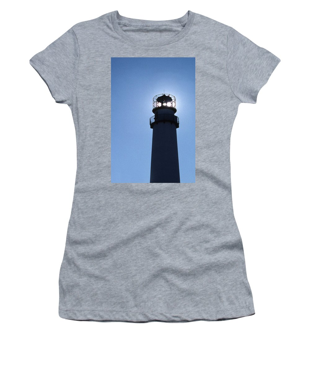 Fenwick Island Lighthouse Women's T-Shirt featuring the photograph Fenwick Island Lighthouse by Skip Willits