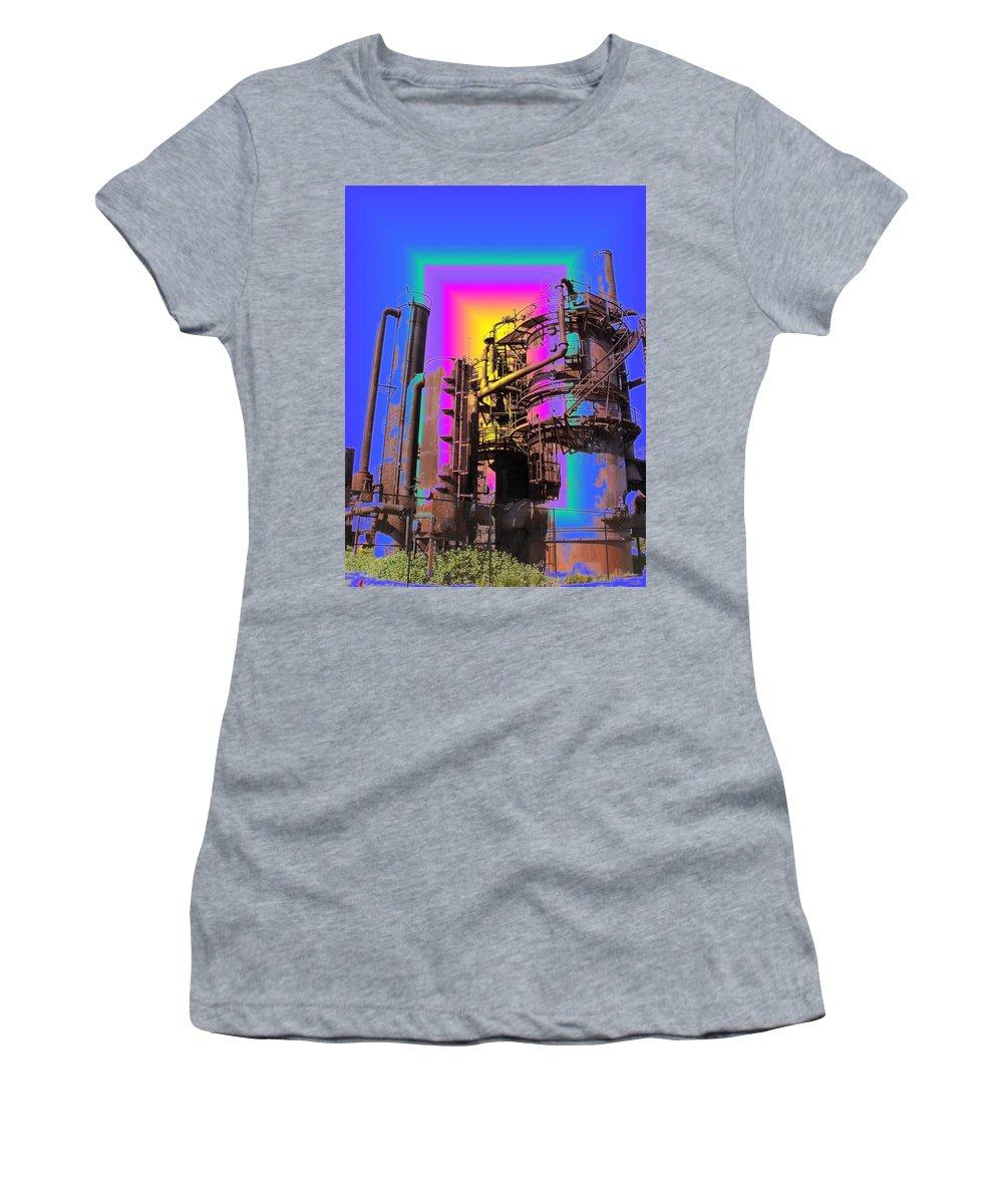 Seatttle Women's T-Shirt (Athletic Fit) featuring the digital art Gasworks Park 2 by Tim Allen