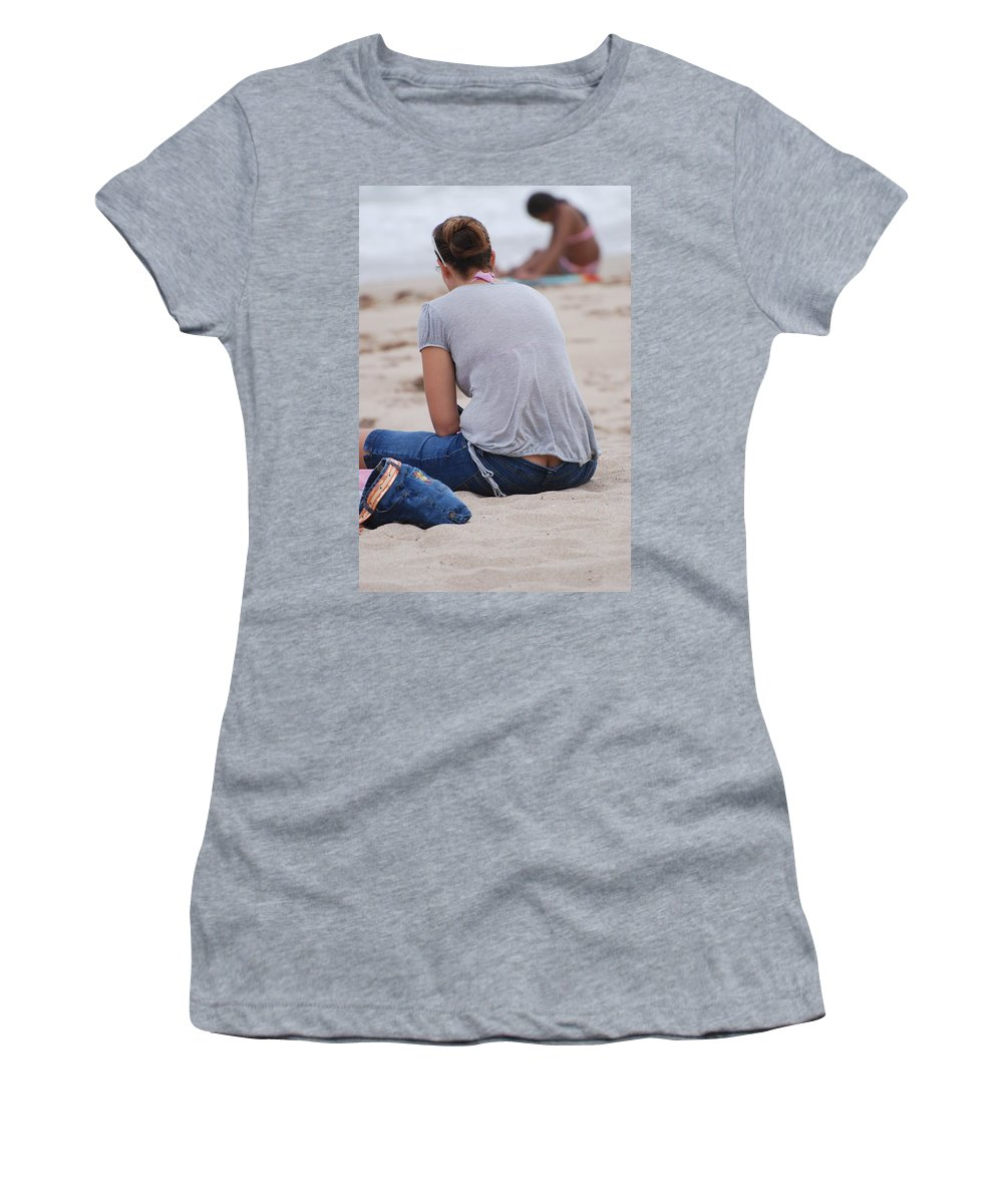 Girl Women's T-Shirt (Athletic Fit) featuring the photograph Indiana Girl by Rob Hans