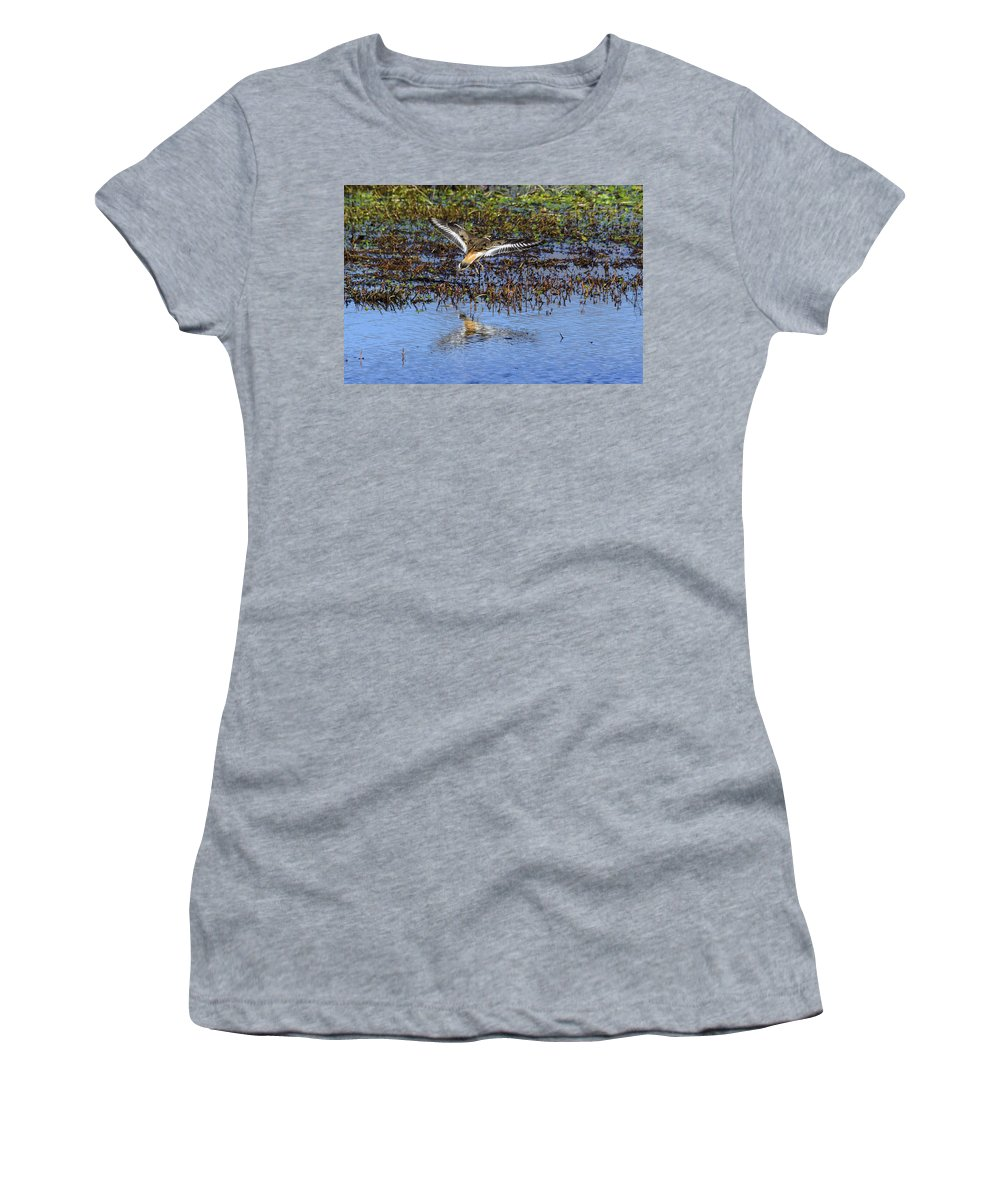 Charadriidae Women's T-Shirt featuring the photograph Killdeer Coming In For A Landing by Steve Samples