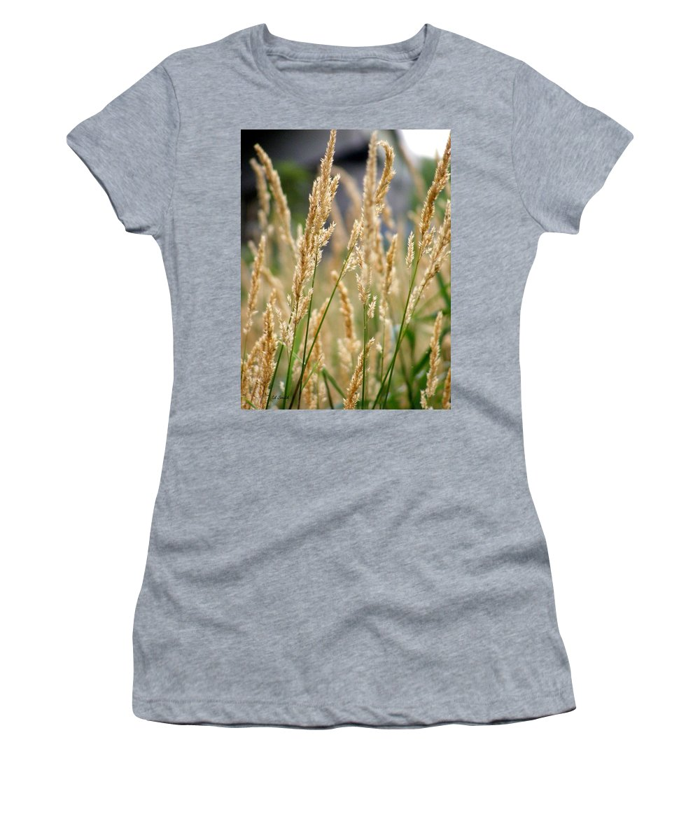 Legal Weed Women's T-Shirt featuring the photograph Legal Weed by Ed Smith