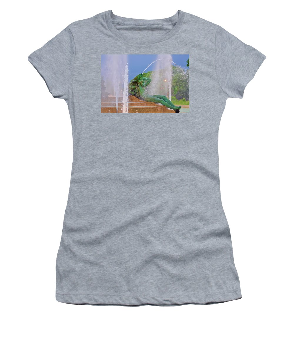 Fountain Women's T-Shirt (Athletic Fit) featuring the photograph Logan Circle Fountain 3 by Bill Cannon