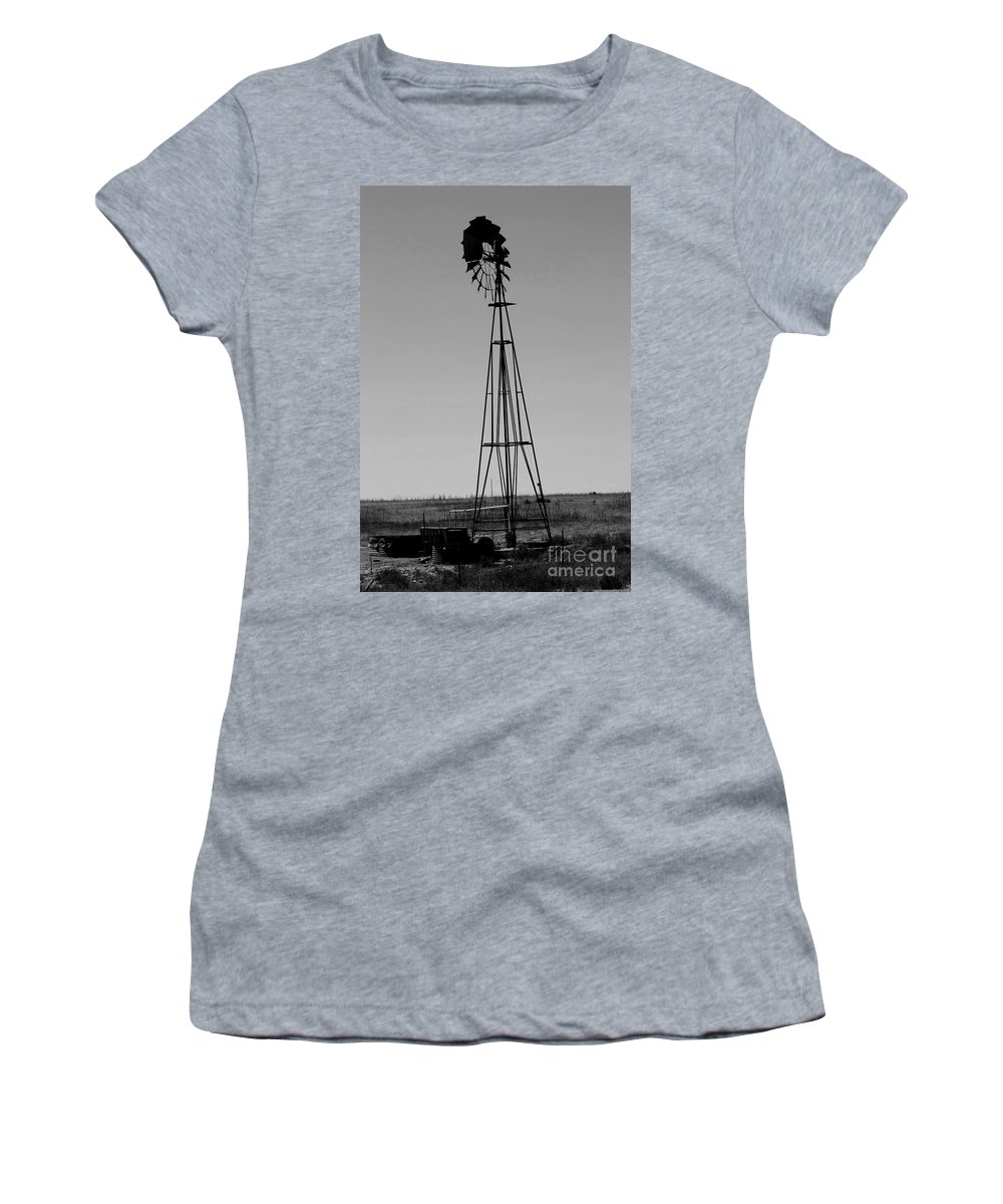 Sante Fe Trail Women's T-Shirt (Athletic Fit) featuring the photograph Lost Breeze by Tommy Anderson