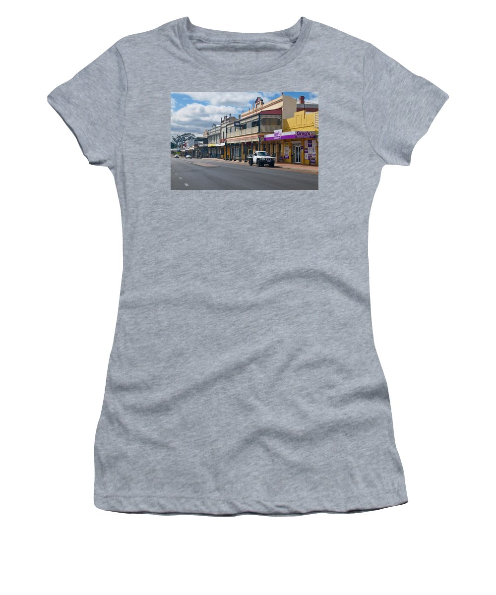 Women's T-Shirt featuring the photograph Collie Tidt Town by Hans Peter Goepel