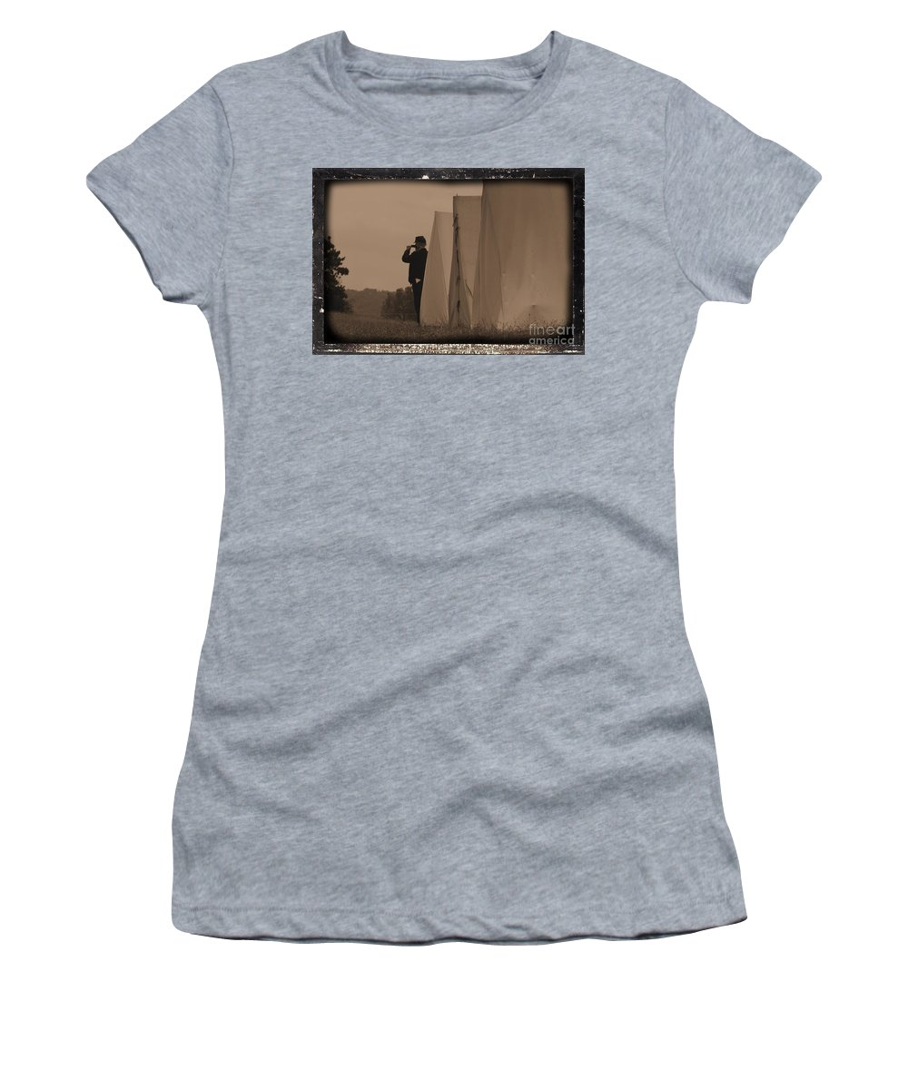 Union Women's T-Shirt (Athletic Fit) featuring the photograph Observing The Field Of Battle by Tommy Anderson
