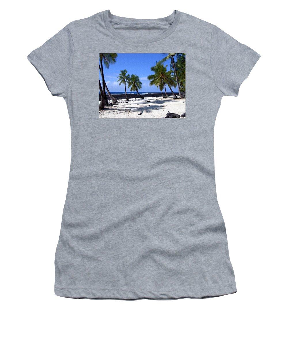 Hawaii Women's T-Shirt featuring the photograph Pu Uhonua O Honaunau by Kurt Van Wagner