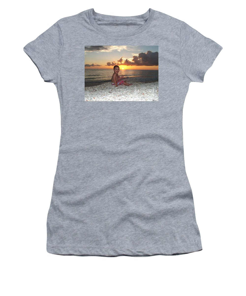Sunset Women's T-Shirt featuring the photograph Sonsun by Michelle S White