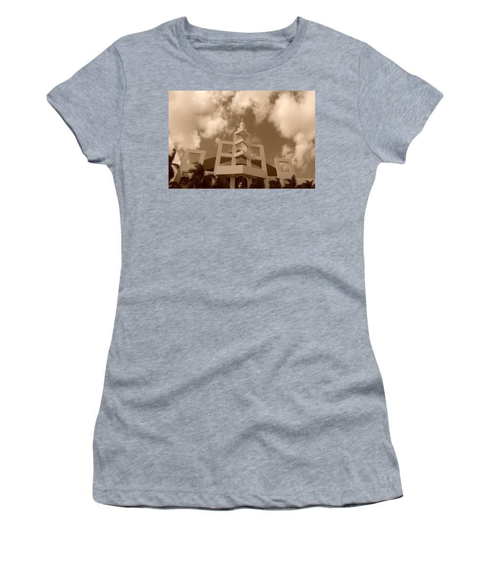 Architecture Women's T-Shirt featuring the photograph Squares In The Sky by Rob Hans