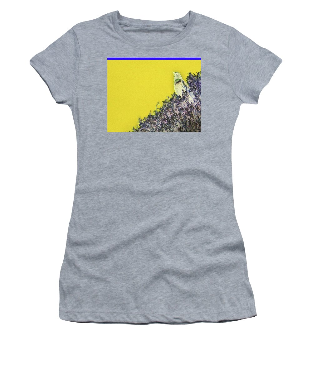 Abstract Women's T-Shirt featuring the photograph Starling Surprise by Lenore Senior