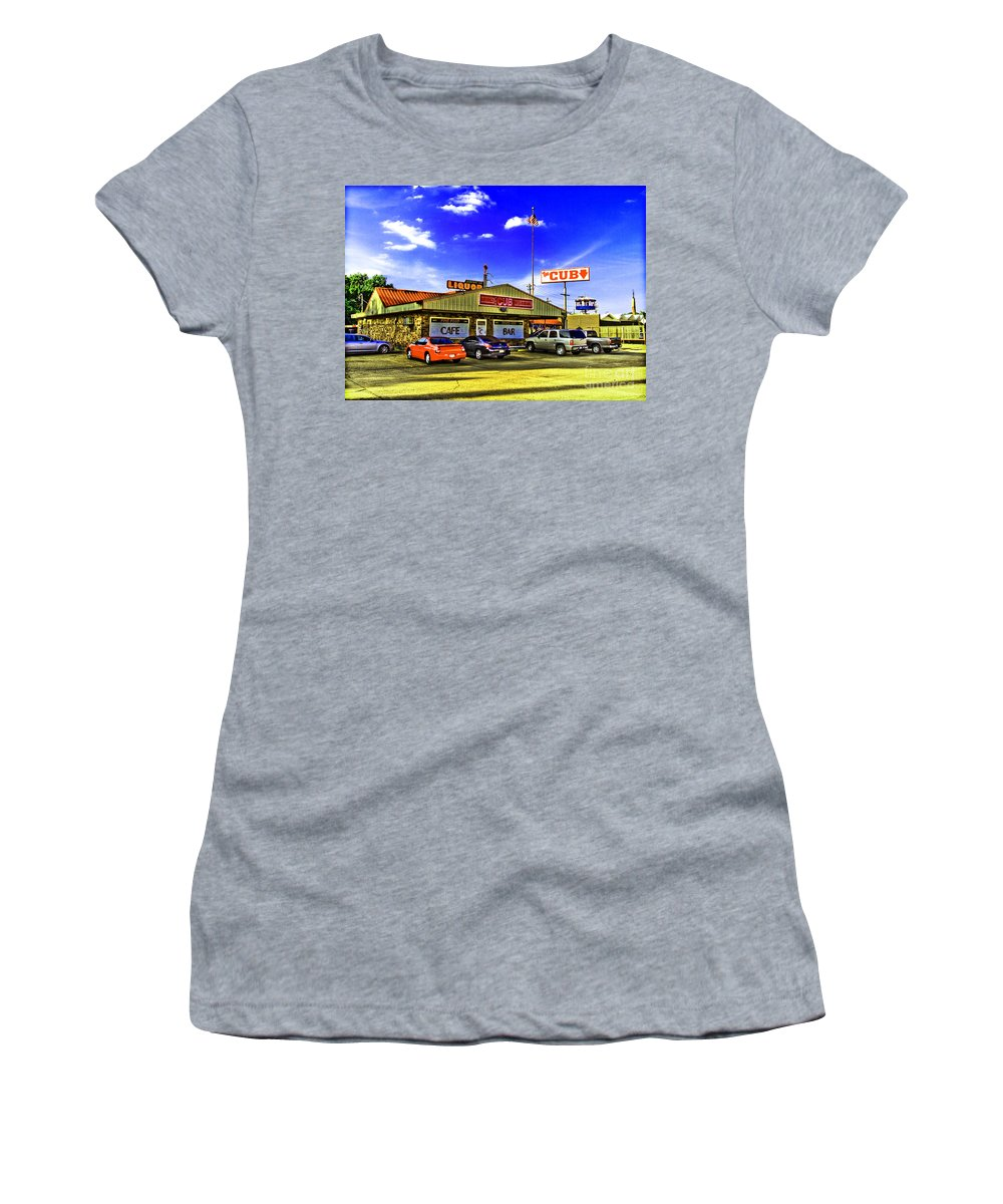Restaurant Women's T-Shirt (Athletic Fit) featuring the photograph The Cub by Scott Pellegrin