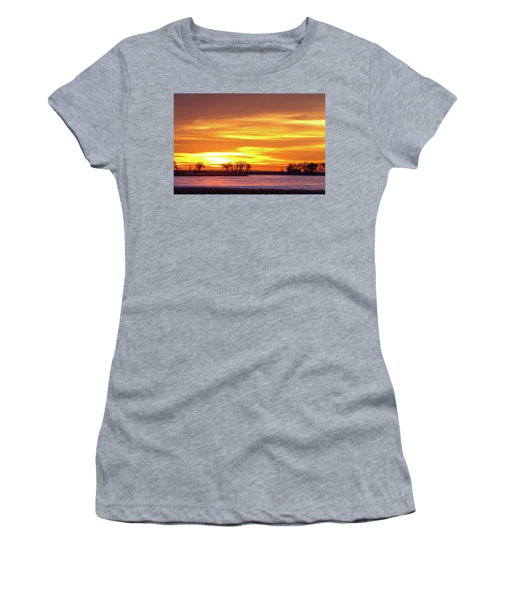 canvas Print Women's T-Shirt featuring the photograph Union Reservoir Sunrise Feb 17 2011 Canvas Print by James BO Insogna
