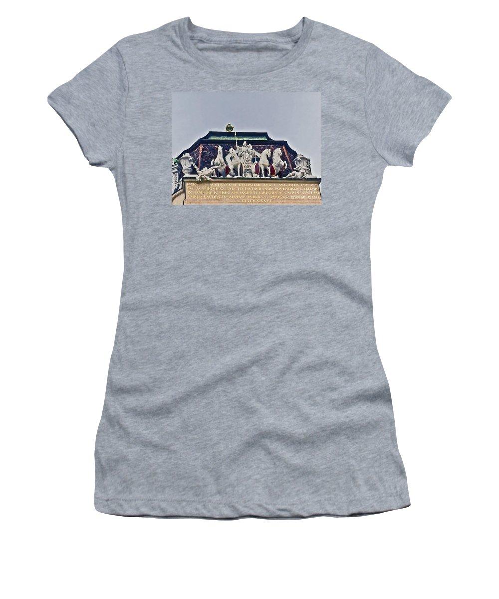 Spanish Riding School Women's T-Shirt featuring the photograph Vienna Austria Dan051 by Howard Stapleton