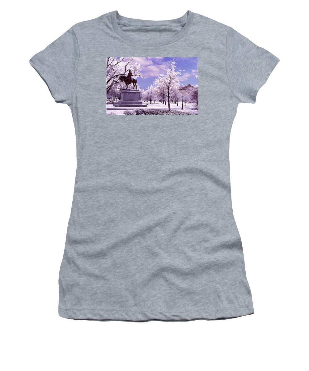 Landscape Women's T-Shirt featuring the photograph Washington Square Park by Steve Karol