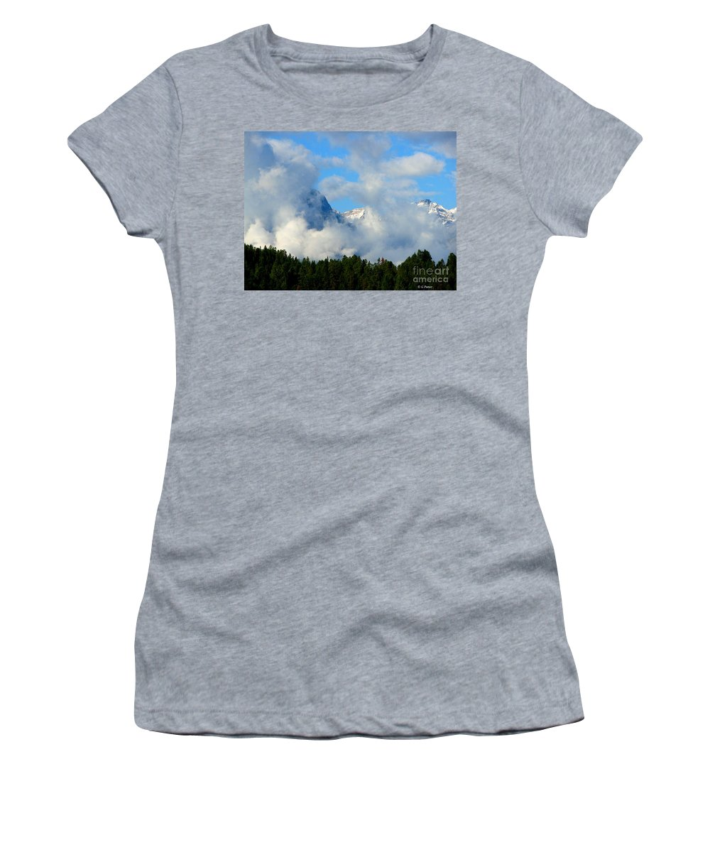 Art For The Wall...patzer Photography Women's T-Shirt (Athletic Fit) featuring the photograph When Im Gone by Greg Patzer