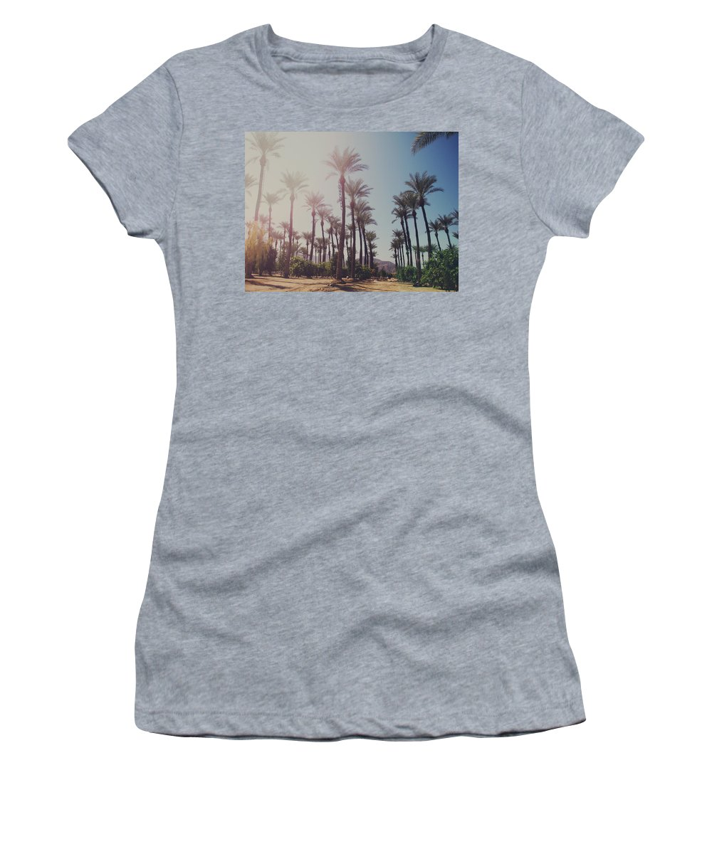 La Quinta Women's T-Shirt featuring the photograph Wide Awake by Laurie Search