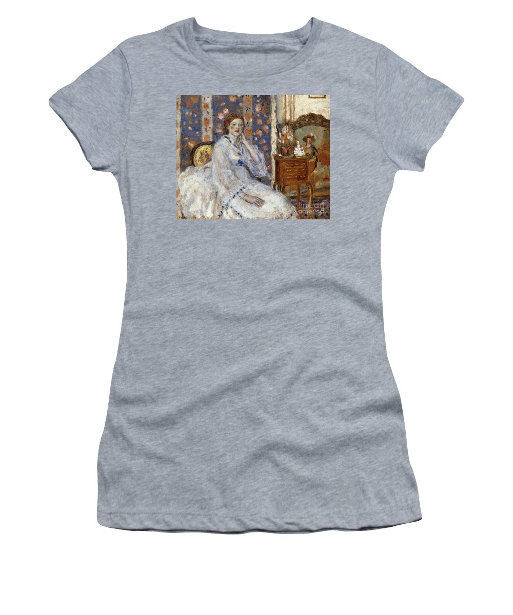 Woman Seated In An Armchair Women's T-Shirt featuring the painting Woman Seated In An Armchair by Frederick Carl Frieseke