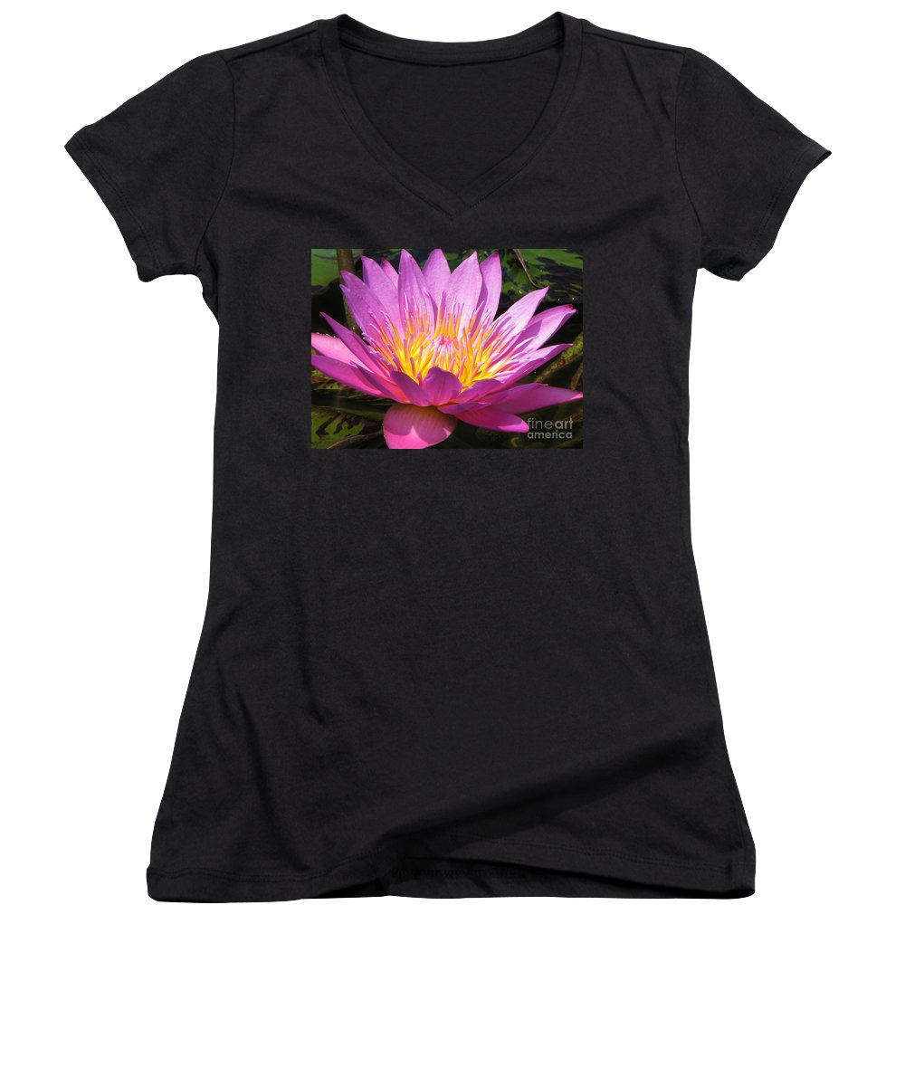 Lilly Women's V-Neck T-Shirt featuring the photograph It by Amanda Barcon