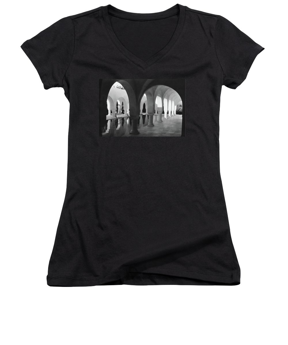Exterior Women's V-Neck featuring the photograph Mr George Sebastian And His Wife Next by George Hoyningen-Huene