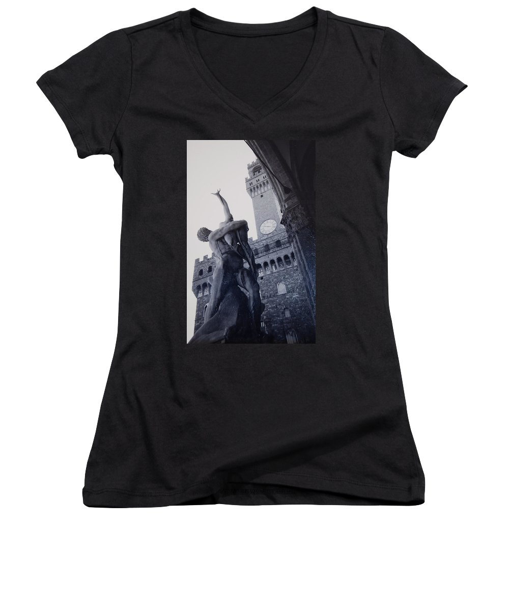 Florence Women's V-Neck (Athletic Fit) featuring the photograph Palazzo Vecchio by Kurt Hausmann