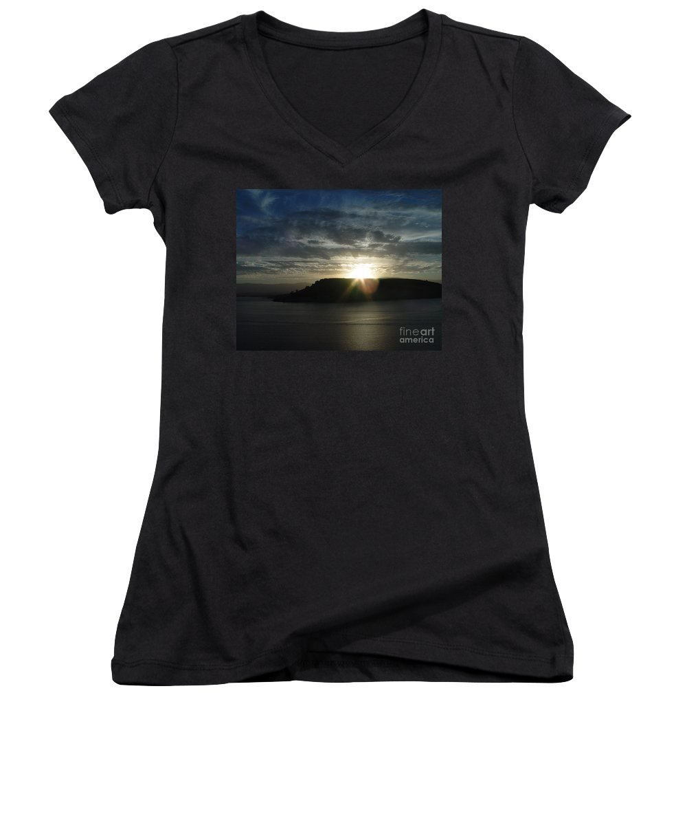 Black Butte Lake Women's V-Neck T-Shirt featuring the photograph Black Butte Sunrise by Peter Piatt