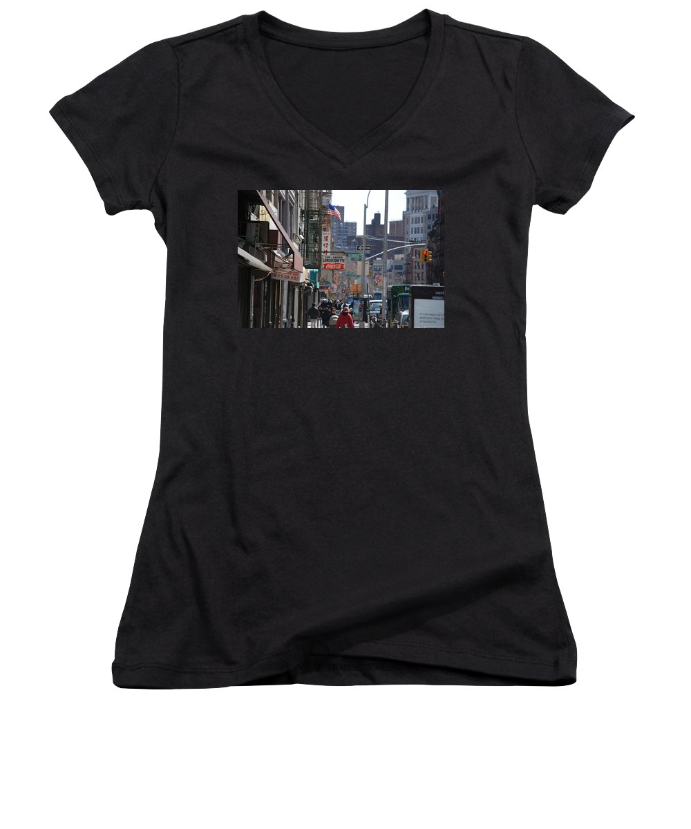 Architecture Women's V-Neck T-Shirt featuring the photograph Canal And Eldridge by Rob Hans