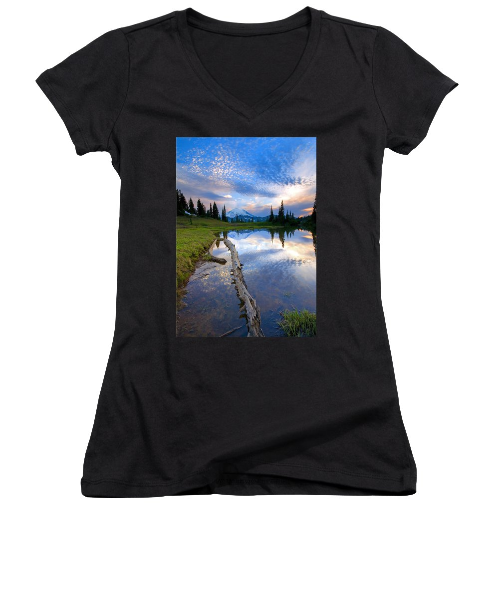 Landscape Women's V-Neck T-Shirt featuring the photograph Cloud Explosion by Mike Dawson