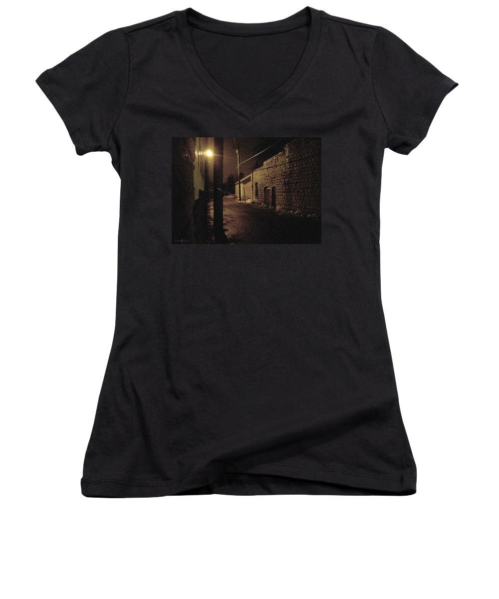 Alley Women's V-Neck T-Shirt featuring the photograph Dark Alley by Tim Nyberg