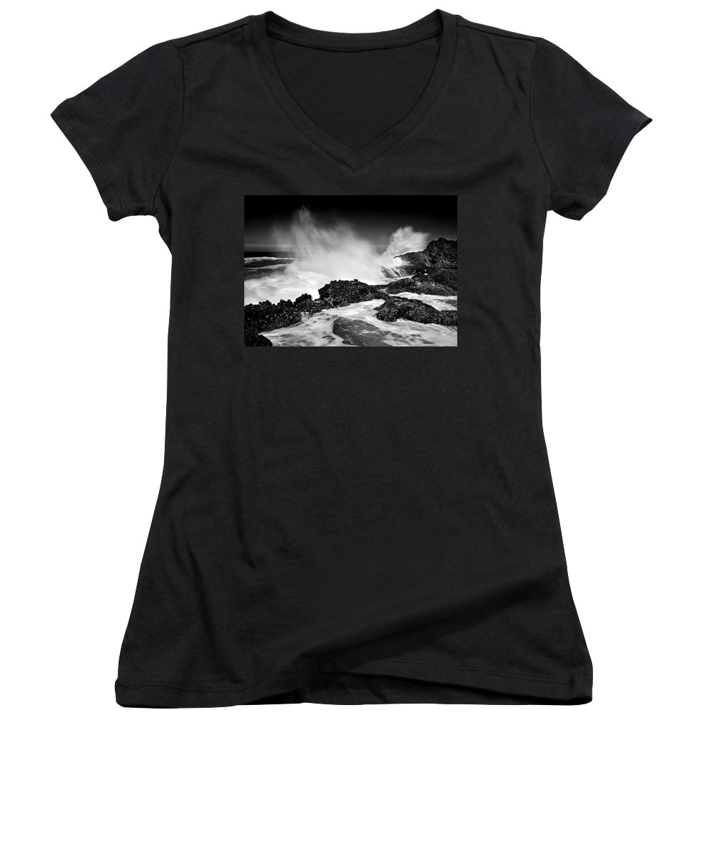 Waves Women's V-Neck T-Shirt featuring the photograph Fury by Mike Dawson