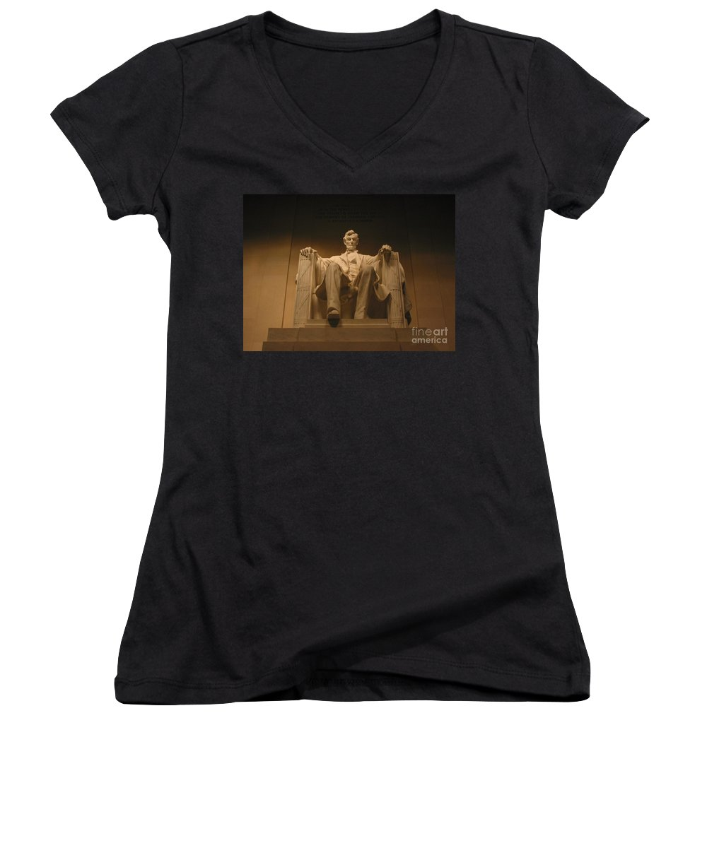 Abraham Lincoln Women's V-Neck T-Shirt featuring the photograph Lincoln Memorial by Brian McDunn