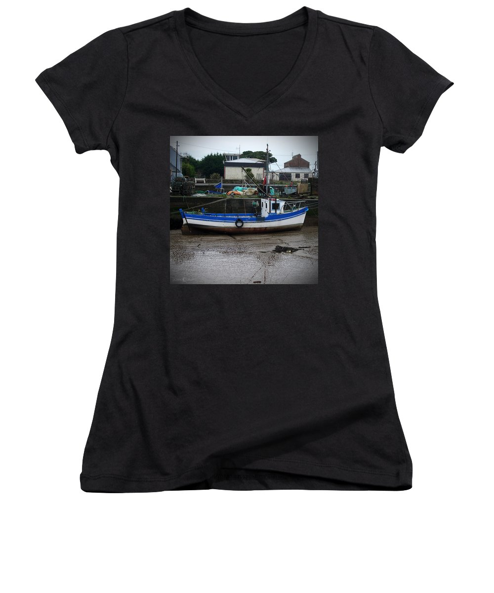 Boat Women's V-Neck T-Shirt featuring the photograph Low Tide by Tim Nyberg