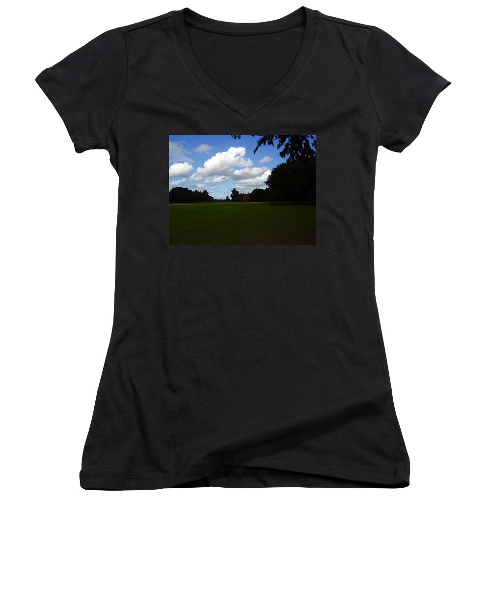 Middleton Place Women's V-Neck (Athletic Fit) featuring the photograph Middleton Place by Flavia Westerwelle