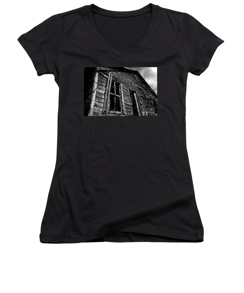 old House Women's V-Neck T-Shirt featuring the photograph Old House by Amanda Barcon