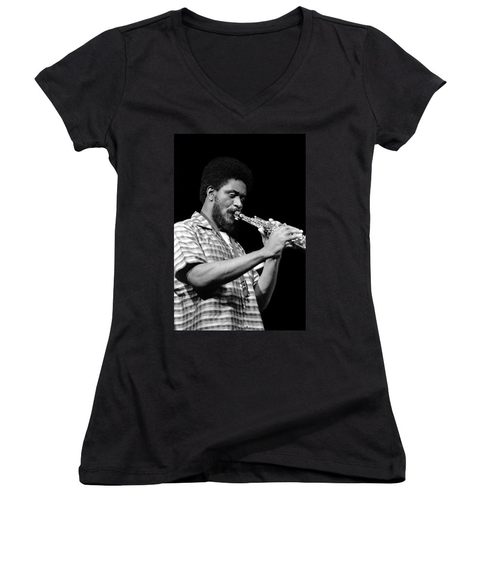 Pharoah Sanders Women's V-Neck T-Shirt featuring the photograph Pharoah Sanders 3 by Lee Santa