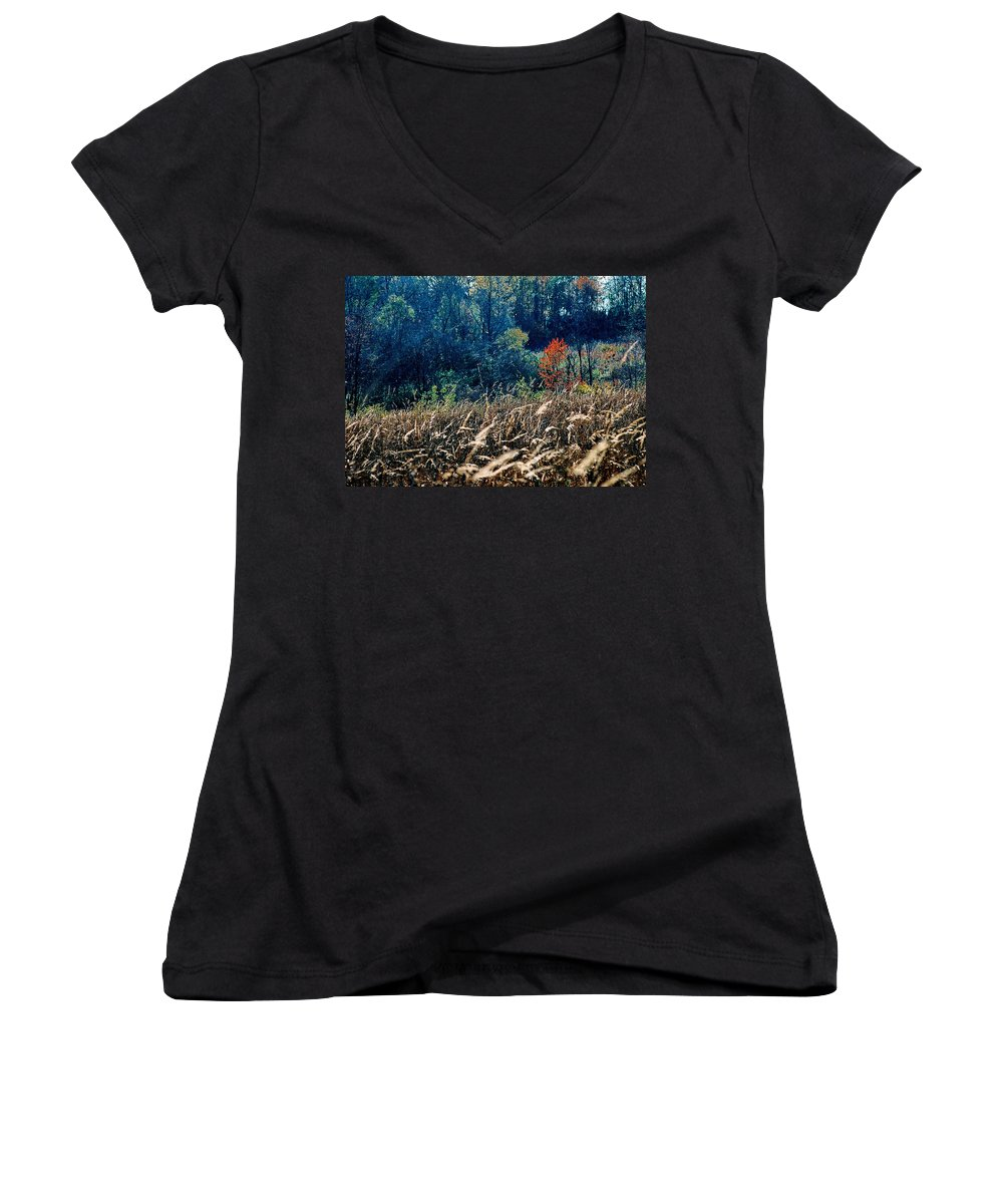 Landscape Women's V-Neck T-Shirt featuring the photograph Prairie Edge by Steve Karol