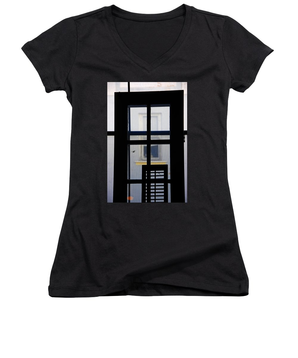 Architecture Women's V-Neck T-Shirt featuring the photograph Rear Window 2 by Skip Hunt