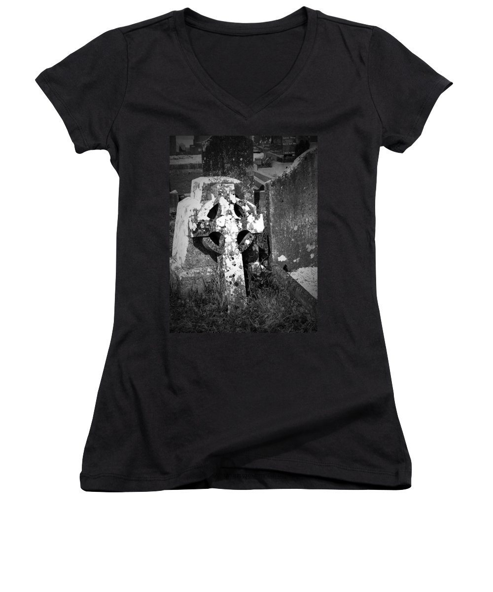 Celtic Women's V-Neck T-Shirt featuring the photograph Rugged Cross At Fuerty Cemetery Roscommon Ireland by Teresa Mucha