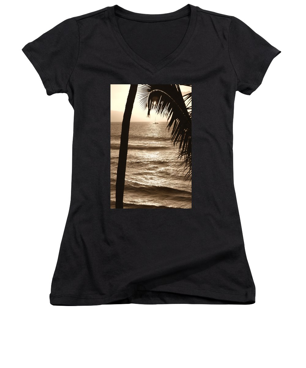 Hawaii Women's V-Neck T-Shirt featuring the photograph Ship In Sunset by Marilyn Hunt
