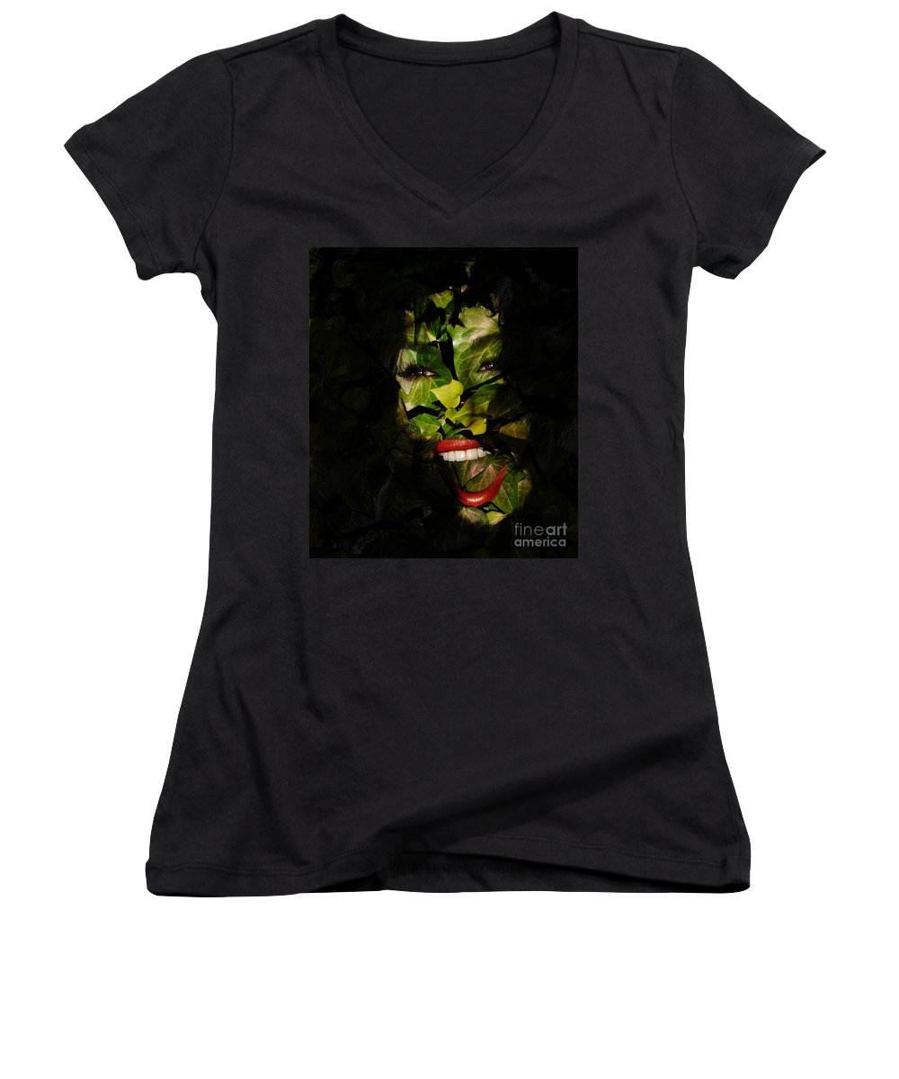 Clay Women's V-Neck T-Shirt featuring the photograph The Eyes Of Ivy by Clayton Bruster