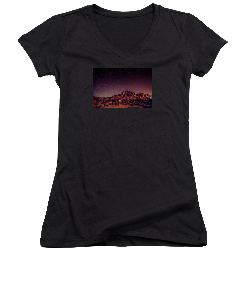 Under the stars lr women 39 s v neck for sale by michael damiani for Michael stars t shirts on sale