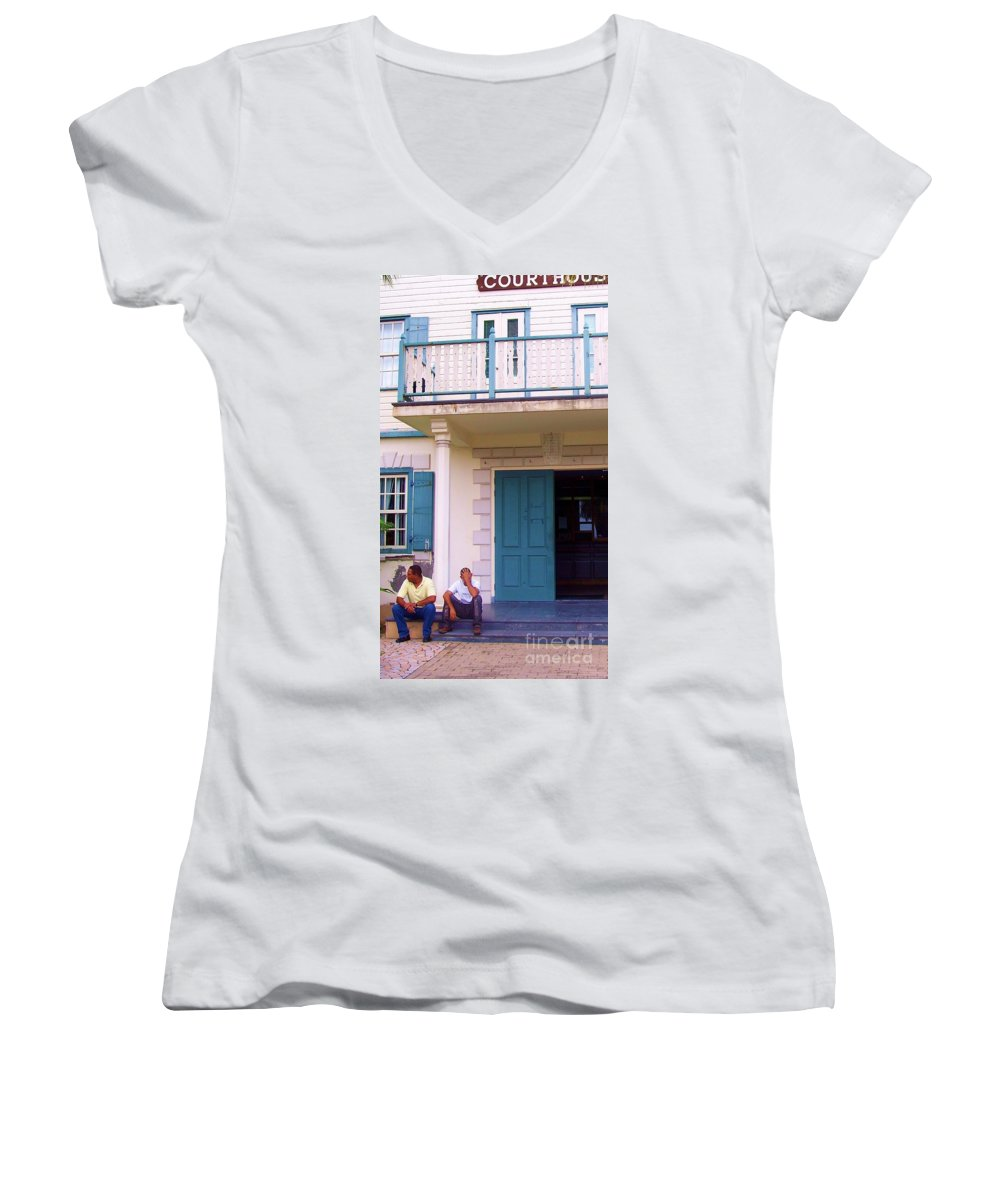 Building Women's V-Neck T-Shirt featuring the photograph Bad Day In Court by Debbi Granruth